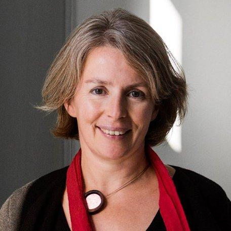 Dr Emma Wakelin