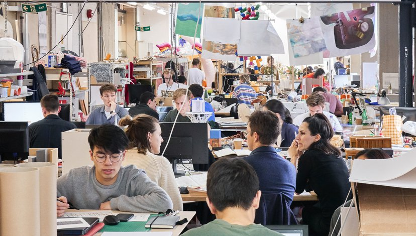 Activity in the School of Architecture Studios (photo: Richard Haughton)
