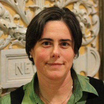 Dr Simona Valeriani